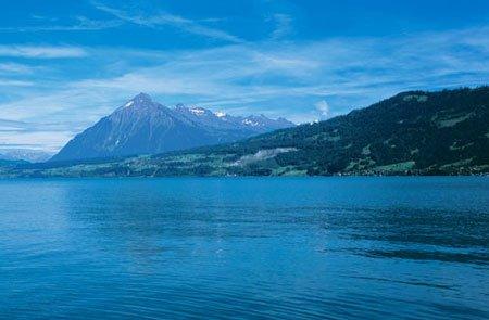 водная гладь швейцария